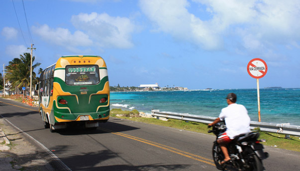 Coobusan transport in San Andrés